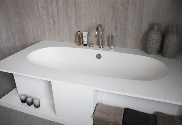 Corian Bad Delight 8420 - Front