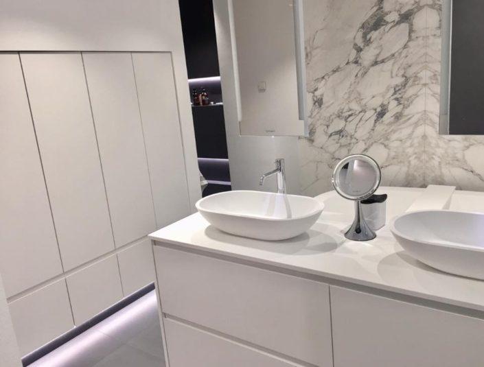 Corian badkamer met Betacryl Solid Surface