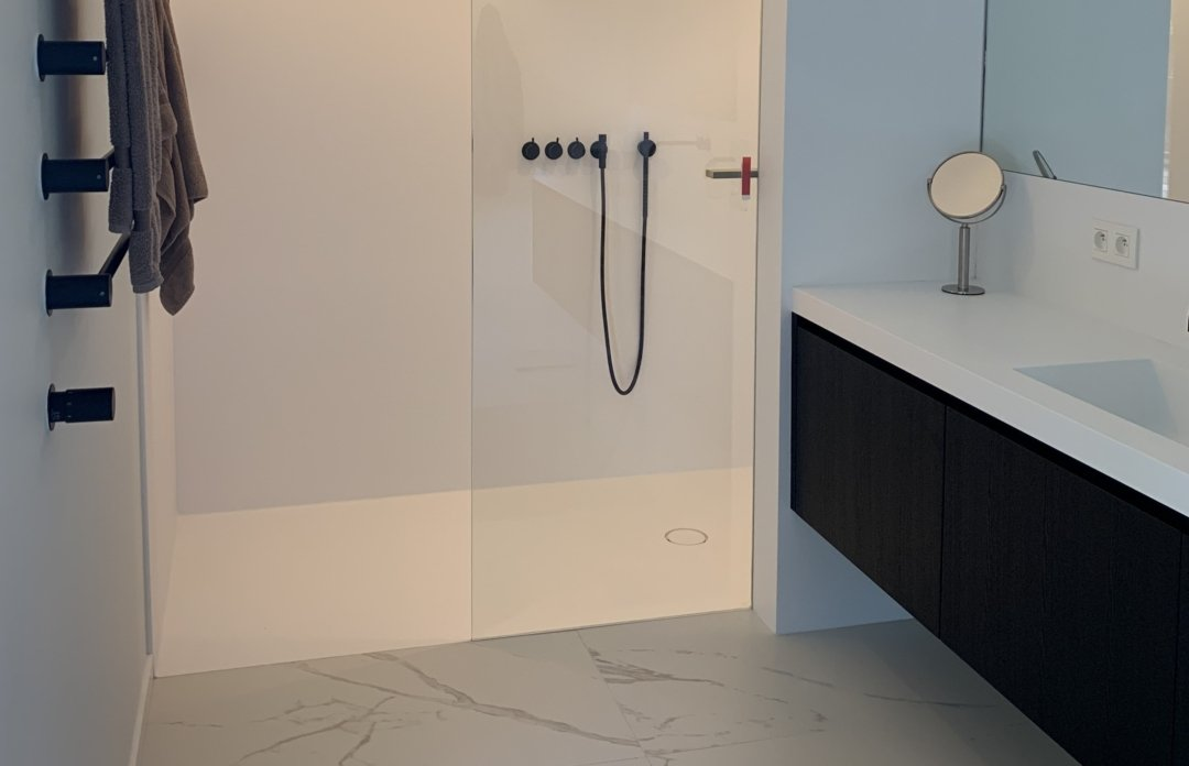 Solidz Tenso Shower - Corian douchevloer met wanden